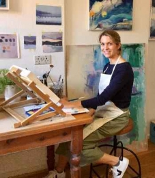 Catherine Warren wins Surrey Artist of the Year 2018